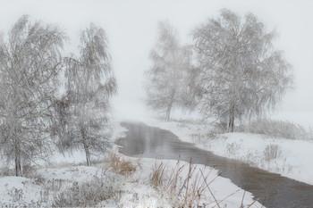 Без названия / река,туман
