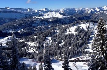 Серебряный покой. / В горах всегда мгоно снега и погода прекрасная почти всегда и реко когда ветер и снег..Окрестности горы Фишер..