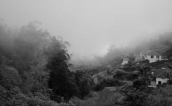 В горах на острове зимой / ...