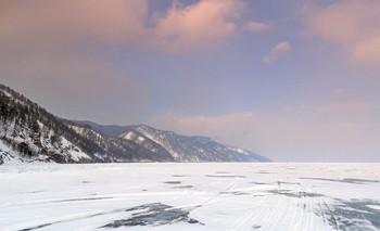 Мороз, снег, лёд / По Байкалу в морозный день