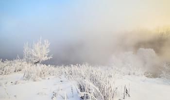 Много снега бывает / Зимние туманы.