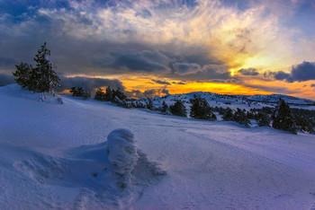 Почти субтропический закат... / Крым, плато Ай-Петри, как бы субтропики :)   http://www.youtube.com/watch?v=Nqhn0AnDROo