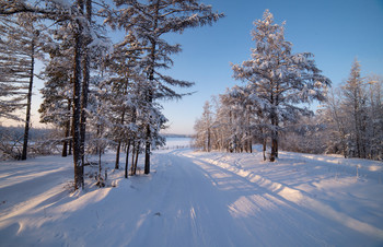 Зимняя дорога / Окрестности п.Маган, Якутия