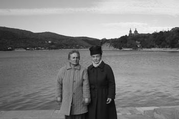 Двойной портрет с озером / Двое озеро