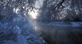 Два берега зимней реки... / ***
