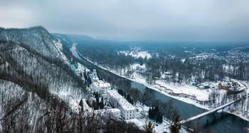 Зима на берегах Донца / Святогорье, Лавра на берегах Северского Донца  http://www.youtube.com/watch?v=s5sTI_zBg40