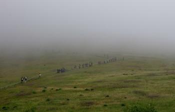 Выход из туманного плена / Снимок сделан вокруг горы Бешбармаг.Азербайджан