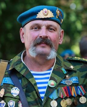 Десантник. / С Днем защитника Отечества!