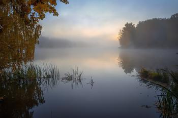 Осеннее утро. / Грумант, Новое озеро