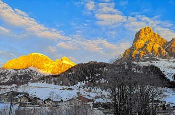 Утренний свет / Альпы. Италия. Доломиты. Corvara. И так было каждое утро горнолыжного отдыха.
