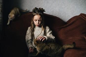 Лина и кошки / модель Ангелина Табакова причёска Галина Князева