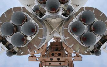 День Космонавтики - 12 Апреля !!! / Эта великая дата установлена в ознаменование первого полёта человека в космос !