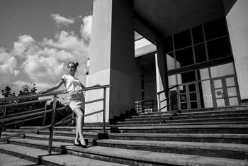 Геометрия и грация / модель Даша Басина причёска Галина Князева