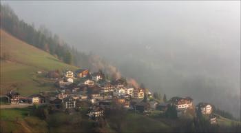 """""""Когда рассеется туман..."""" / Selva-di-Cadore октябрь 2018-го."""