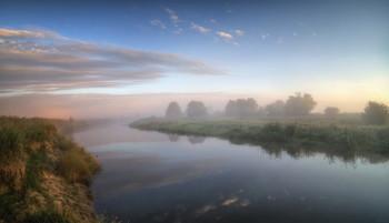 Прохлада утренней реки / Туманные рассветы