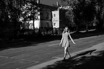 В теневой стороне улице / модель Даша Басина