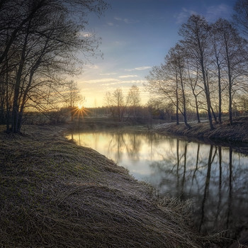 Рассвет на реке.. / апрель 2019 года