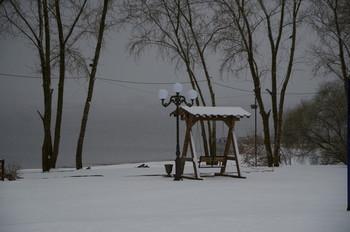 Апрельский снег. / ***