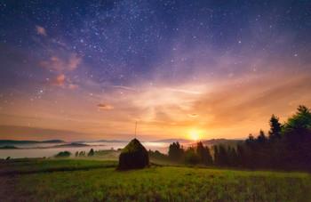 Точка притяжения / Ночной Пилипец. Восход луны