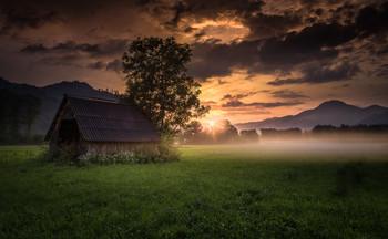 / Abends im Murtal in der Steiermark.