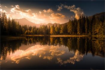 / Morgens am Schattensee in Krakauschatten Steiermark