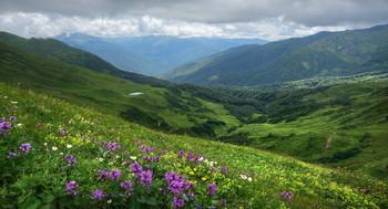 Горное озеро / Дорогами Кавказа