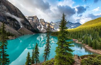 Пробуждение / Озеро Морейн, национальный парк Банфф, Канада