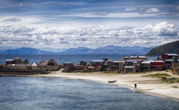 Рыбатская деревня / Остров Солнца на озере Титикака в Боливии. 4000 м над уровнем моря