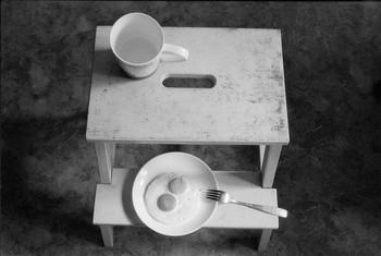 Натюрморт / Завтрак на табурете