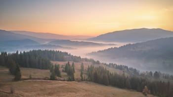 Утро над Лесковцом / ***