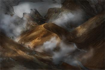 э к с п е д и ц и я / Фотоэкспедиция к сердцу острова  https://mikhaliuk.com/Incredible-Iceland-Phototours-Travels/  Небольшой фильм этих мест. 4K, Сanon 5D. Mark 4 Это самое геотермальное место в Исландии, а может и во всей Европе.. Здесь действительно видно как зарождалась наша планета. Почва еще не сформировалась....  https://www.youtube.com/watch?v=x8oKgCHYm3Y&feature=emb_logo