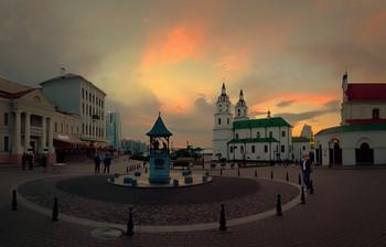 Вечер в Верхнем городе / Беларусь. Минск. Верхний город.