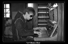 В память о Svet'e / Почти 3 месяца назад погиб мой лучший друг, одноклассник, музыкант, блюзмен - Svet, лидер Svet Boogie Band... Его сбила машина...