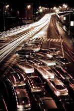 Ночная жизнь / Фотография сделанная с большого каменного моста.