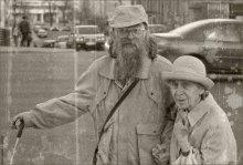 Фидель и Елизавета II / ...Английская королева и Кубинский лидер на улицах столицы