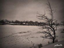 зима в заброшеном селе / зима в стиле ретро