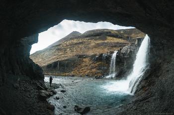 В гроте / Исландия