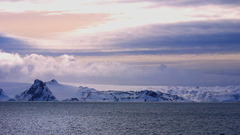 Утро в Антарктиде / ***