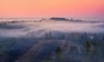 Жемчужные сети тумана. / Обратная сторона туманного рассвета.