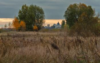 Про травы-муравы заливных лугов... / и была осень...