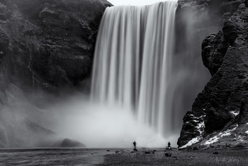Прогулка у водопада / Скогафосс, Исландия