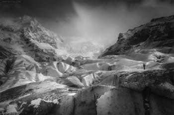 Наблюдатель / Исландия. Самый большой ледник в Европе и Человек.