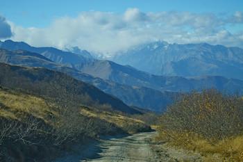 Облачным утром...... / Северная Осетия. Куртатинское ущелье. Октябрь