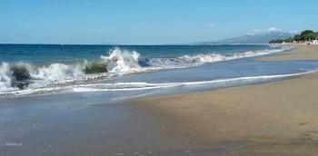 Море зовёт.. / Пляжи Испании в ожидании отдыхающих..