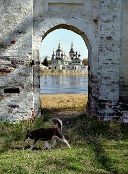 На том берегу реки Сухоны... / Путешествие в Великий Устюг в 2004 году...