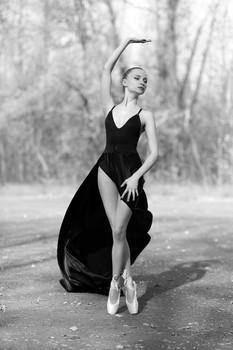 Soul dance / Портрет красивой девушки