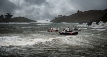 Морской этюд. / Рыбаки укрываются от зимнего шторма. Коста Брава, Испания