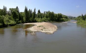На реке Сыда / Сибирская река. Солнечный день.