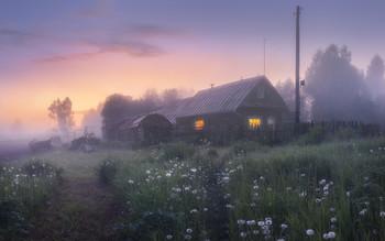 Дрема в одуванчиках (часть II) / Закатные сумерки в селе Окунево. Панорама из 6 кадров.