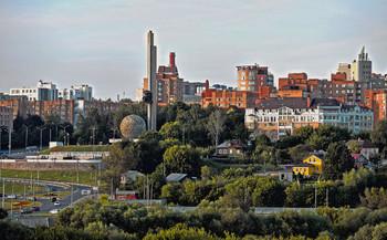 Городской пейзаж / Вид на город Калугу при въезде.